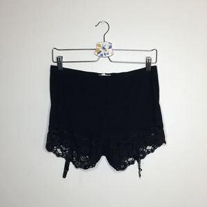Silence & noise black lace hem garter belt shorts